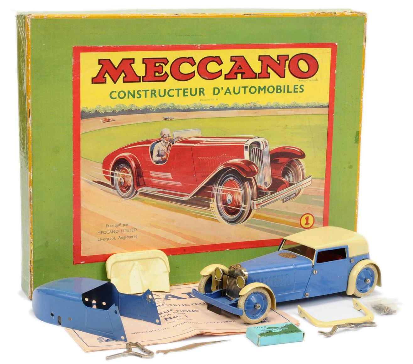 Meccano (France) Constructor Car powder blue cream  15th January 2020 Lot 665